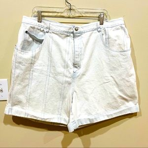 Vintage 90s STEFANO INT White Denim Shorts 24